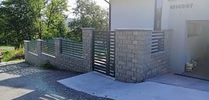 Hliníkový plot s bráničkou